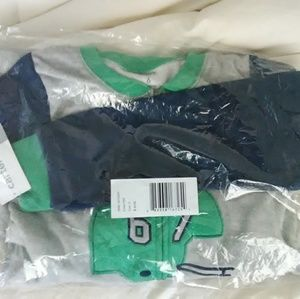 Carter's boy size 6 footed pjs NWT